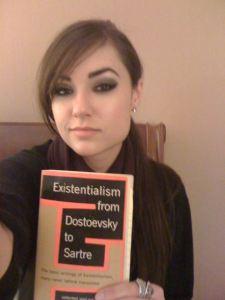 Menos Sartre, Sasha.